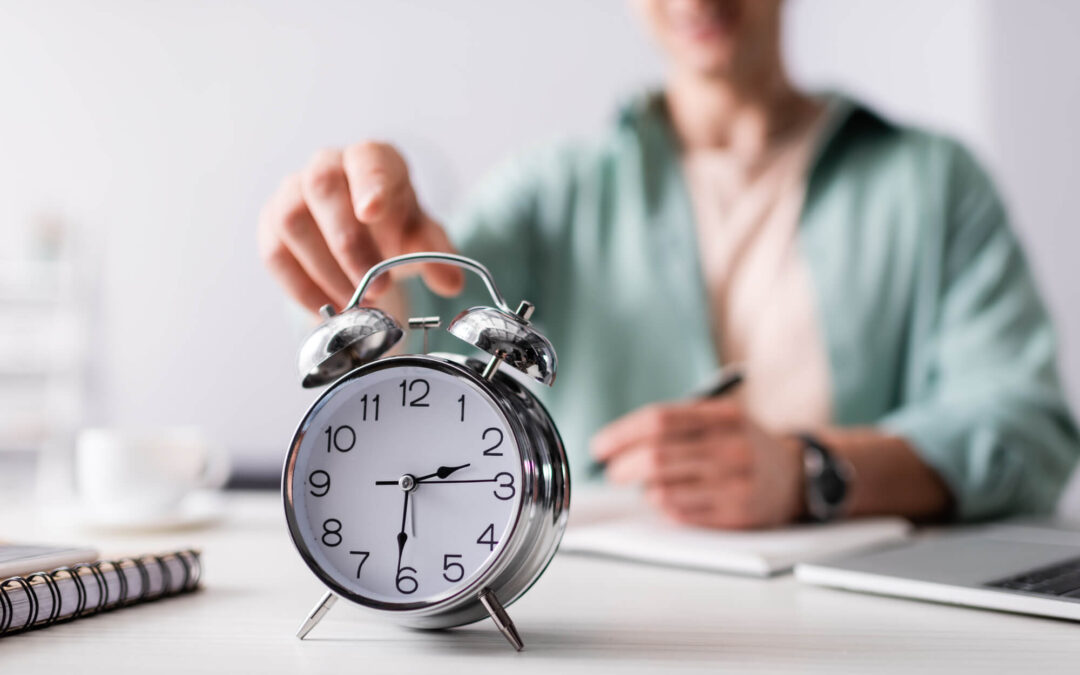 5 simple productivity tips to help save time & transform your week
